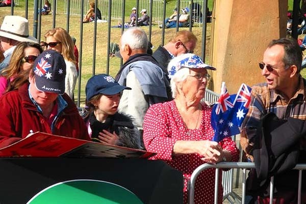 Thousands gather at Sydney Opera House and Botanic Gardens to welcome home intrepid teen sailor Jessica Watson.