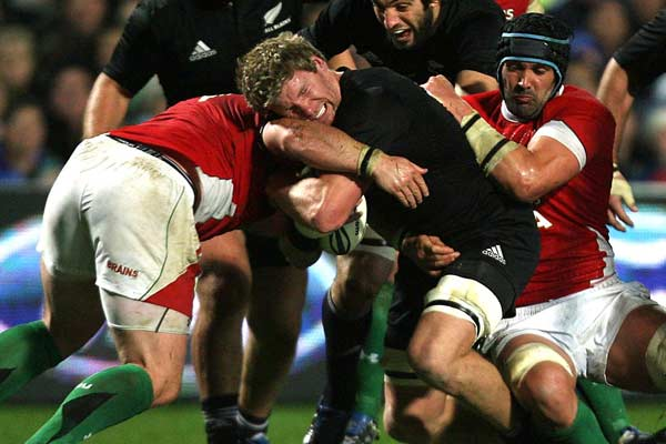 All Blacks flanker Adam Thomson