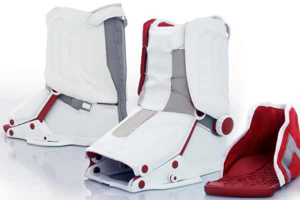 The Lucid wakeboard binding