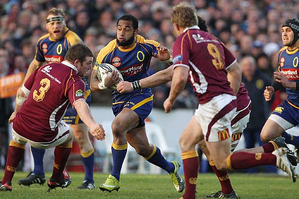 Fetu'u Vainikolo of Otago makes a break during the Ranfurly Shield round two ITM Cup match between Southland and Otago at Rugby Park, Invercargill.