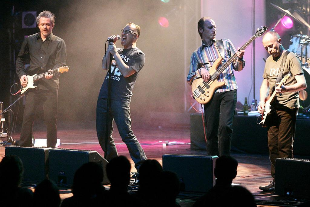 TOGETHER AGAIN: Ian Morris, Peter Urlich, Les White and Dave Dobbyn perform during Th'Dudes 2006 reunion tour.