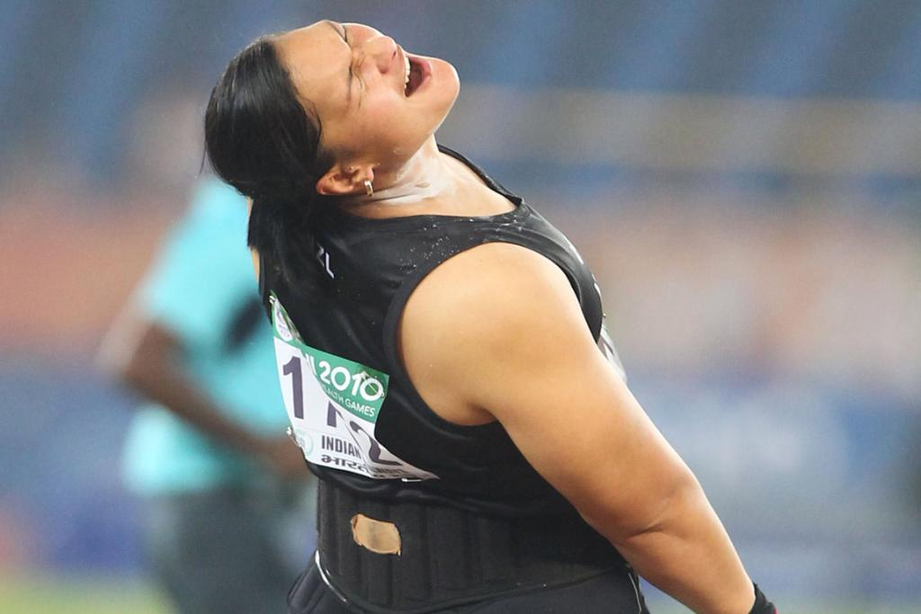 New Zealand's Valerie Adams on the way to gold in the women's shot put at the Commonwealth Games in Delhi.