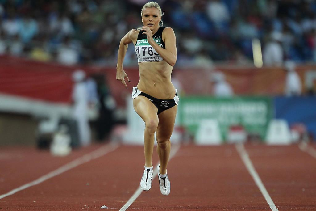 New Zealand's Monique Williams races in the final of the women's 200m at the Commonwealth Games in Delhi.