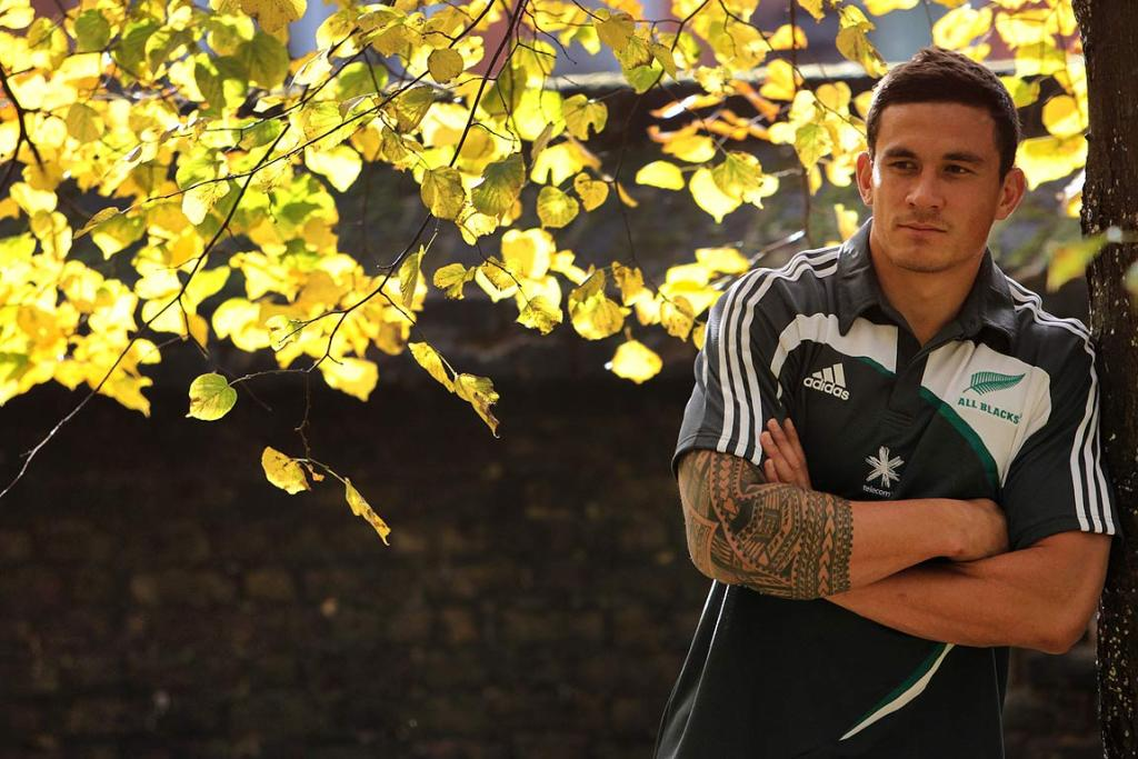 AUTUMN LEAVES: Sonny Bill Williams enjoys the autumn colours in Kensington Park beside the Royal Garden Hotel in Kensington, High Street, London where the All Blacks are staying before playing the English rugby team at Twickenham.