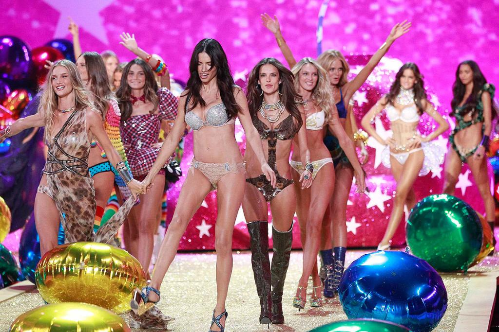 CLOSING TIME: Models present creations during the Victoria's Secret Fashion Show in New York.