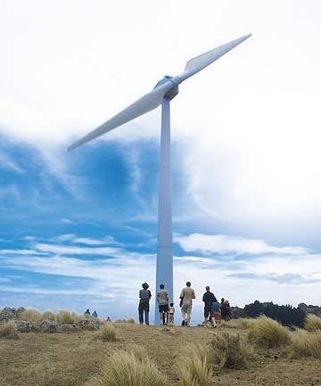 FAN FANS: Visitors inspect  a Windflow 500 turbine at Gebbies Pass on Banks Peninsula  during an open day. The turbine is the model the company hopes to sell to Scottish farmers.