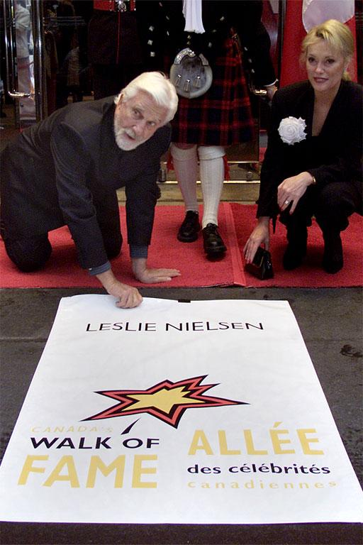 Canadian Actor Leslie Nielsen unveils his star on the Canadian Walk of Fame in Toronto.