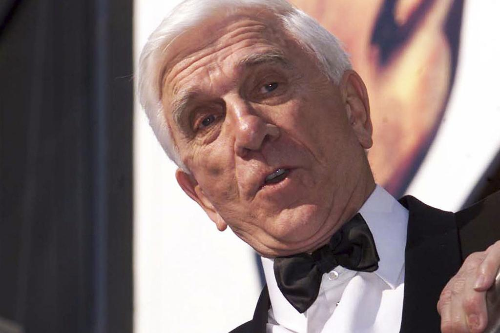 RELIGIOUS FULFILMENT: Leslie Nielsen arrives at the Odeon Leicester Square for the British Film Awards in London in this April 9, 2000 photo.