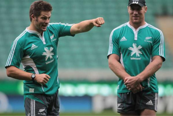 Richie McCaw punches the air.