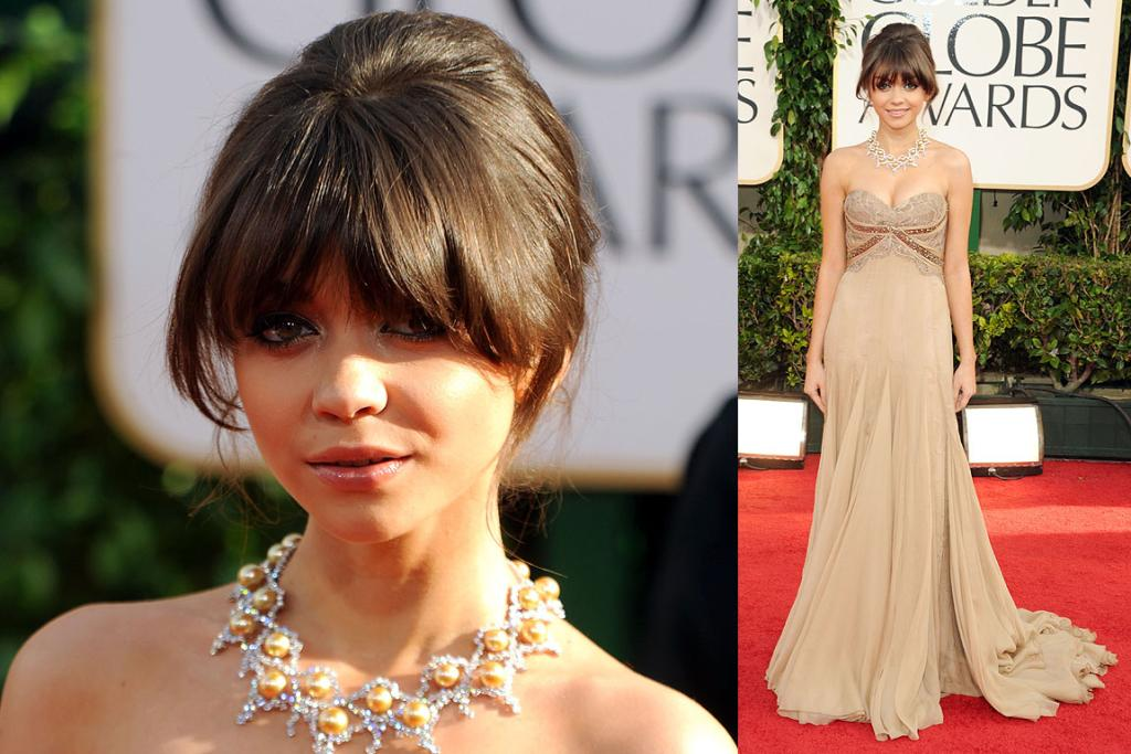 WALKING THE WALK: Sarah Hyland from Modern Family arrives at the 2011 Golden Globe Awards.
