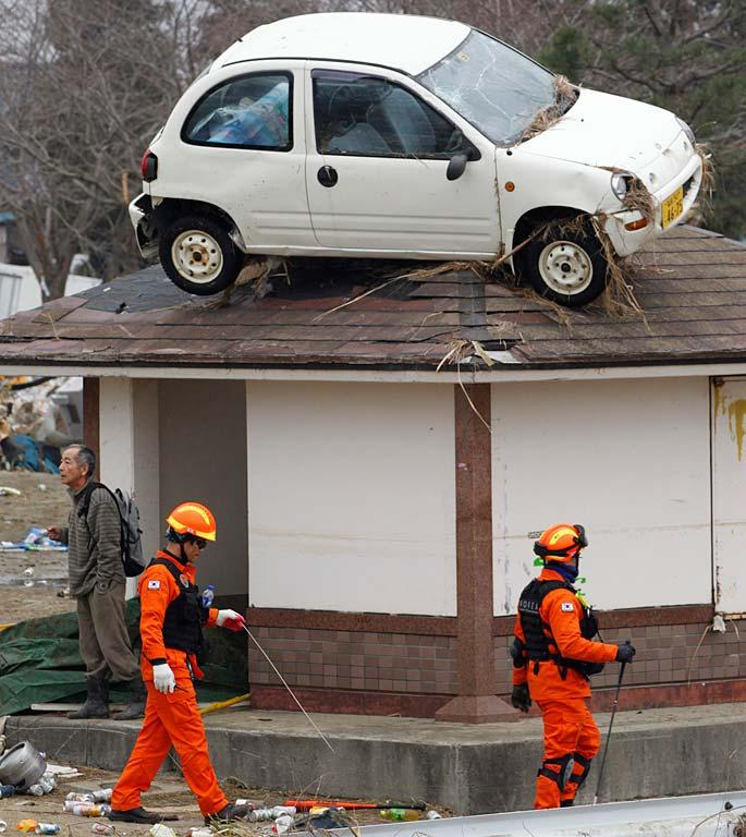 A car on a roof in Sendai.