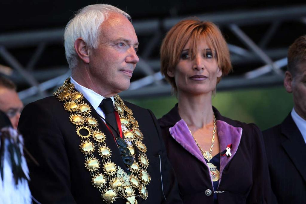 Bob Parker with his wife Jo onstage at the national Christchurch earthquake memorial service.