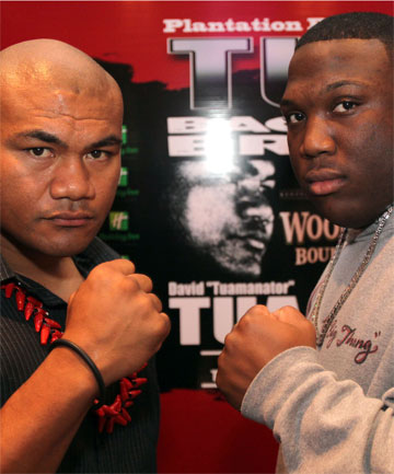 David Tua and his opponent Demetrice King.