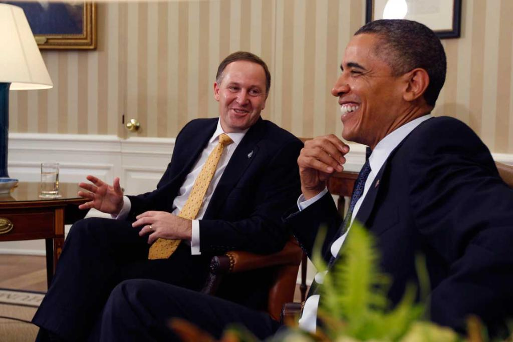 US President Barack Obama (R) meets with New Zealand's Prime Minister John Key in the Oval Office of the White House.