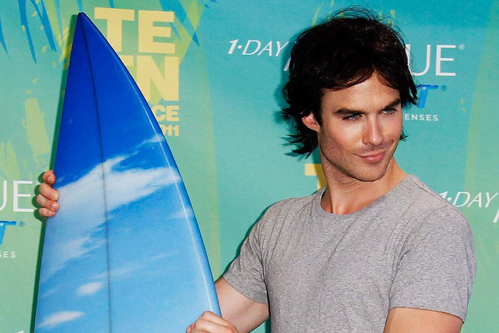 HANG TEN IN THE GREEN ROOM DUDE: Actor Ian Somerhalder poses with his award in the press room backstage at the Teen Choice Awards in Los Angeles.