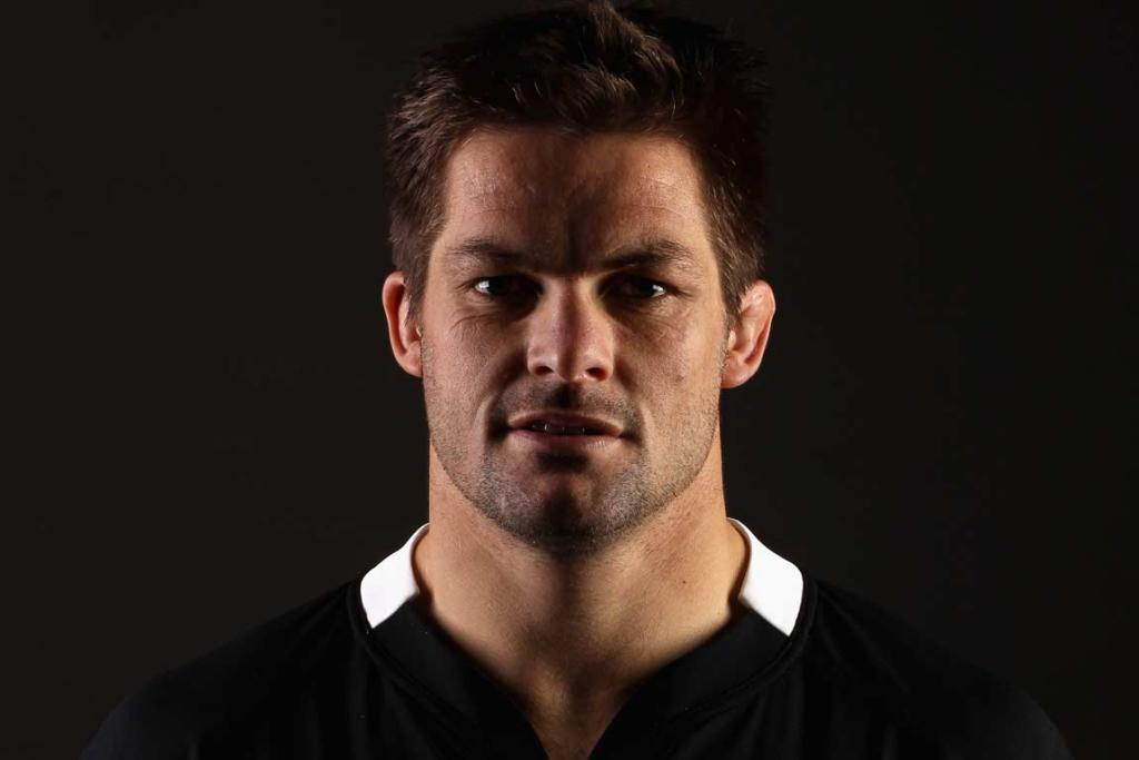 Captain Richie McCaw is set to join an elite group of All Blacks when he plays his 100th test for New Zealand.