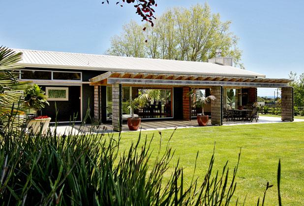 Stewart-Darling House - Residential New Home up to 250sqm Design Award.