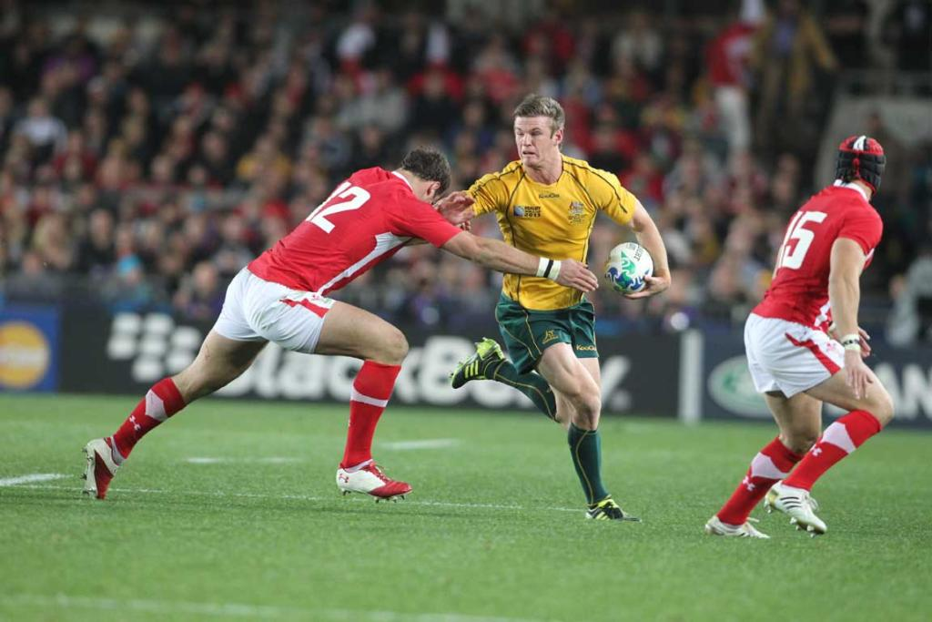 Australia replacement Rob Horne in action.