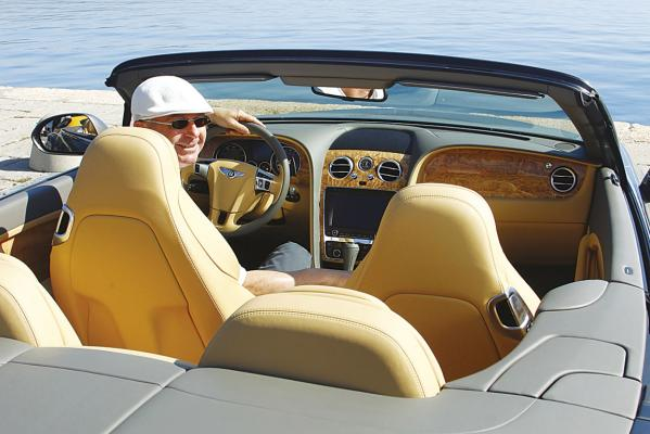 Bentley-Continental-GTC-hero_2-g