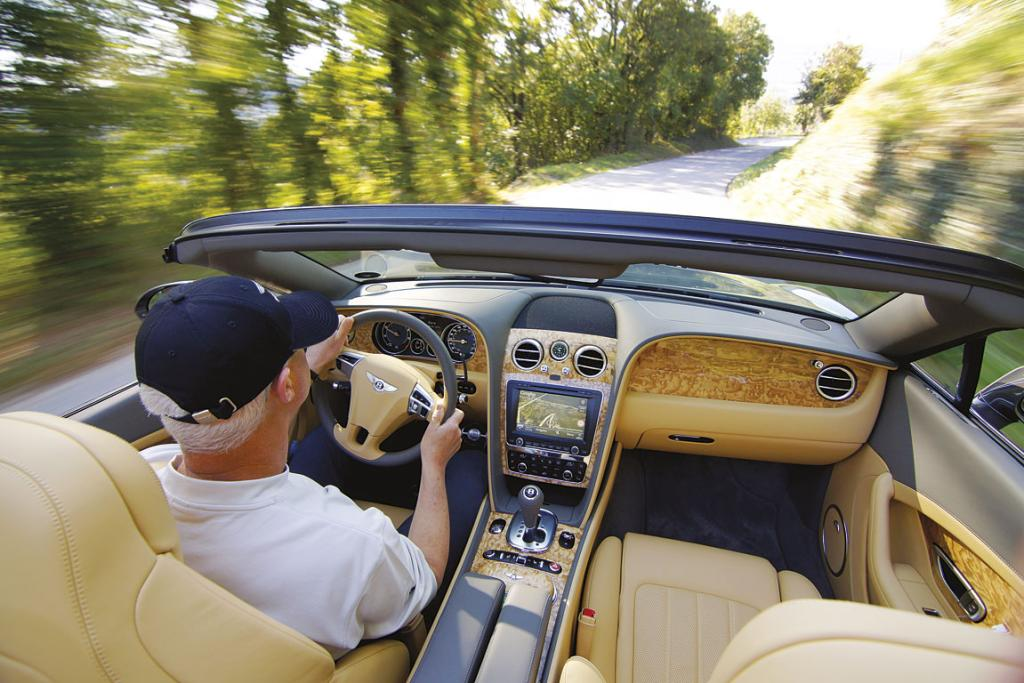 BENTLEY CONTINENTAL GTC: Drive time