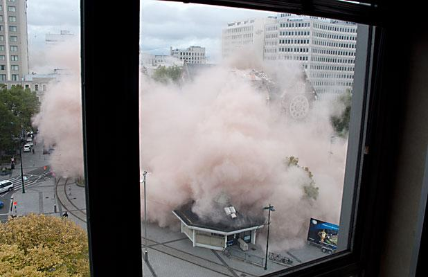 ON CAMERA: The Christ Church Cathedral collapses seconds after the February 22 magnitude-6.3 Christchurch earthquake.