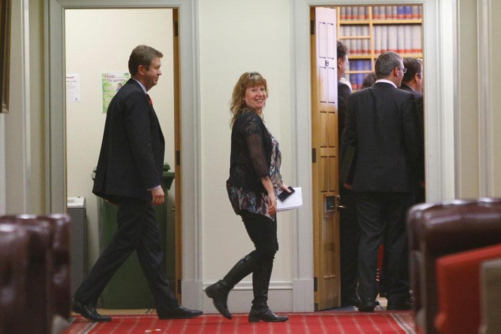 David Cunliffe (left) walks into the Labour caucus.