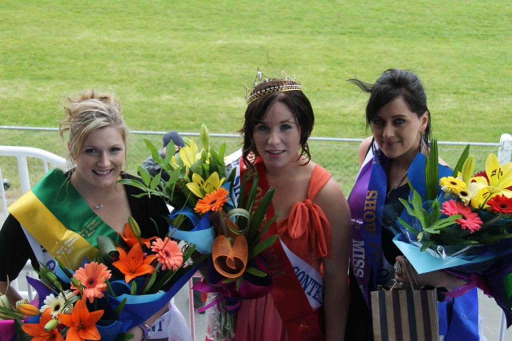 WINNING SMILES: Placegetters in the show queen contest at the South Otago A & P Show were Tania McDonald, left, who was third, show queen Annie Dickey, and Pagan Frisby, who was second.