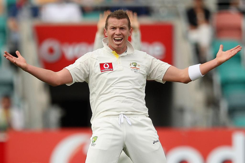 Australia's Peter Siddle appeals for a wicket during day one of the Second Test against New Zealand at Bellerive Oval, Hobart.