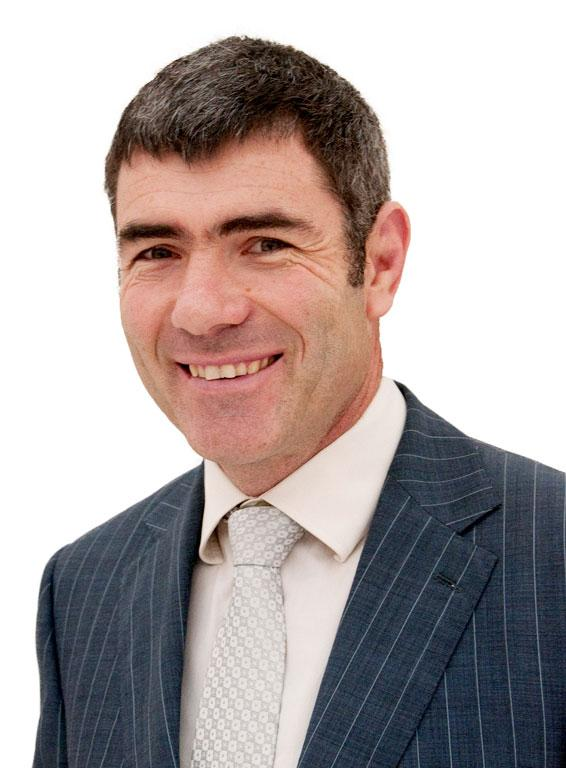 Nathan Guy becomes Minister of Immigration, Racing and Veteran's Affairs.
