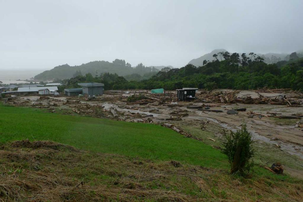 The damage caused in Liger Bay.