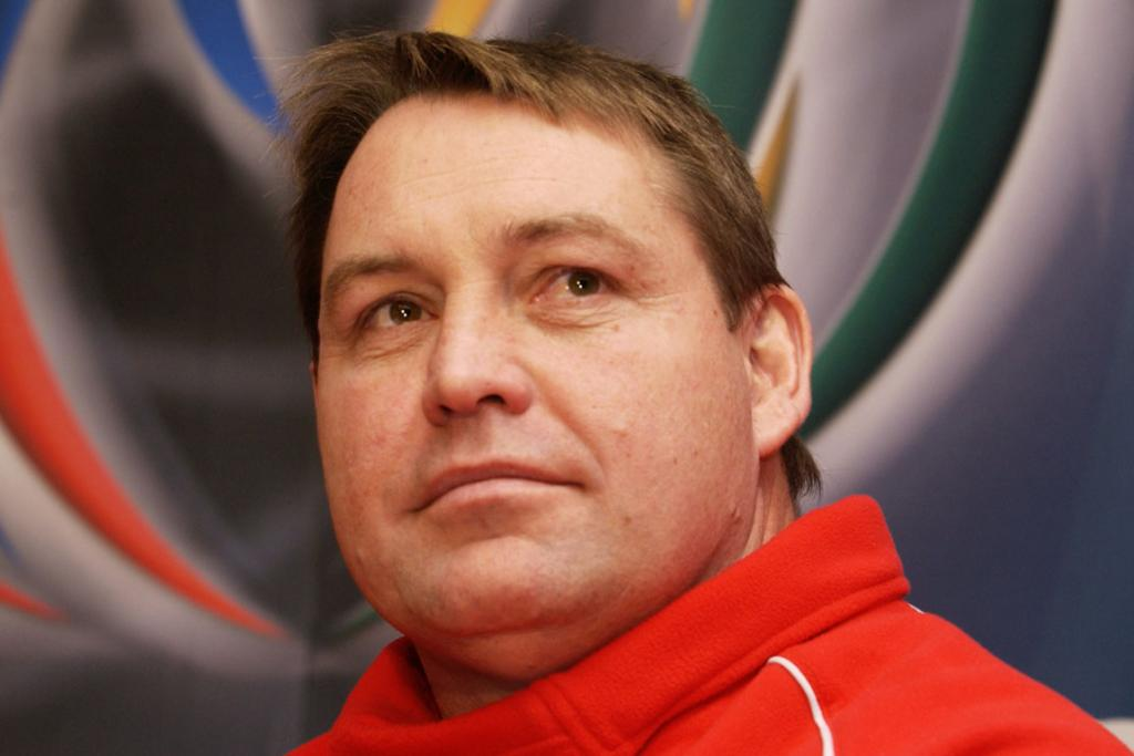 Announced as Welsh coach, replacing Graham Henry in February 2002.