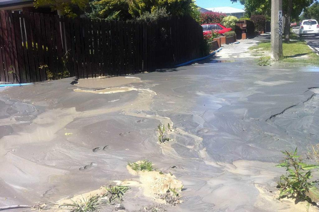 Liquefaction in Retreat Road, Avonside