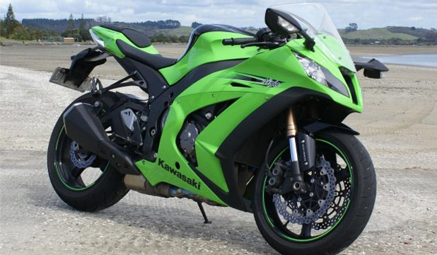 KAWASAKI ZX-10R: Best sportbike of 2011 is refined and faster than ever.