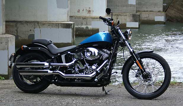 HARLEY-DAVIDSON FXS BLACKLINE: American iron takes the best cruiser gong.