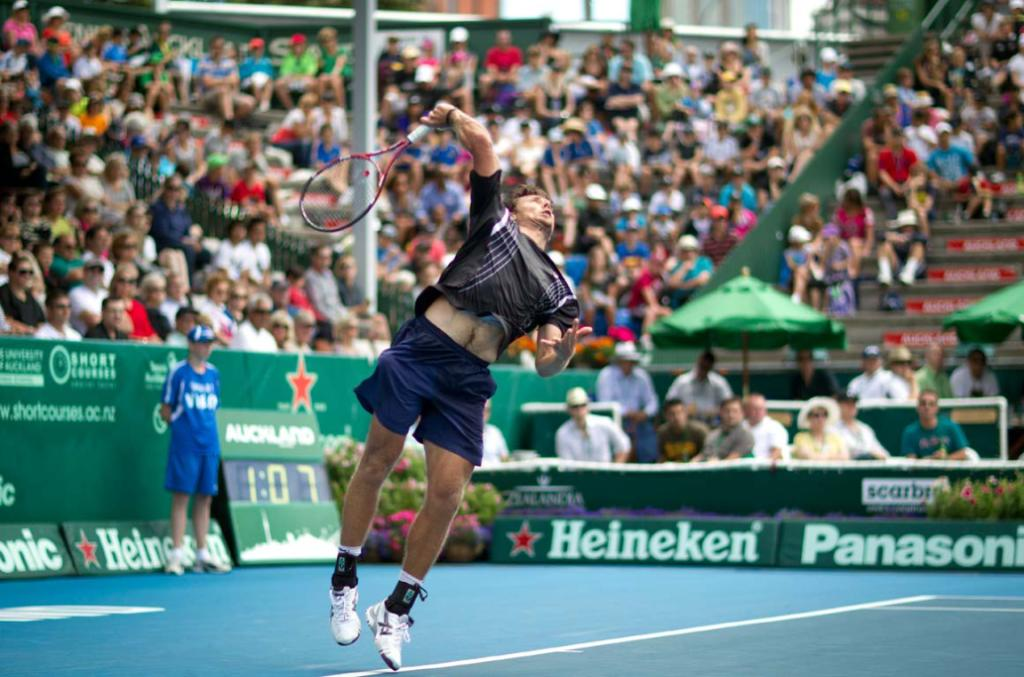 New Zealand's Artem Sitak takes on Adrian Mannarino of France in the preliminary rounds of the men's Heineken Open in Auckland on day one.