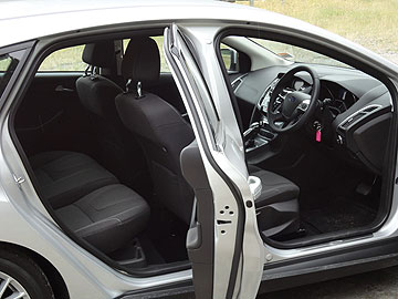A peek inside the Ford Focus III Sport.