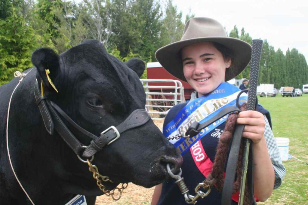 GORE A & P SHOW: Senior herdsperson title winner Sam Hall, 12, with yearling angus bull Lilliesleaf Brookfield, which is owned by her uncle Rob Hall, of Waikaka.
