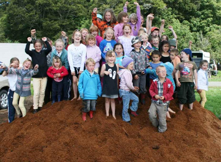 WAIAU A & P SHOW: Children eagerly waiting for the `Big Dig' to get under way.