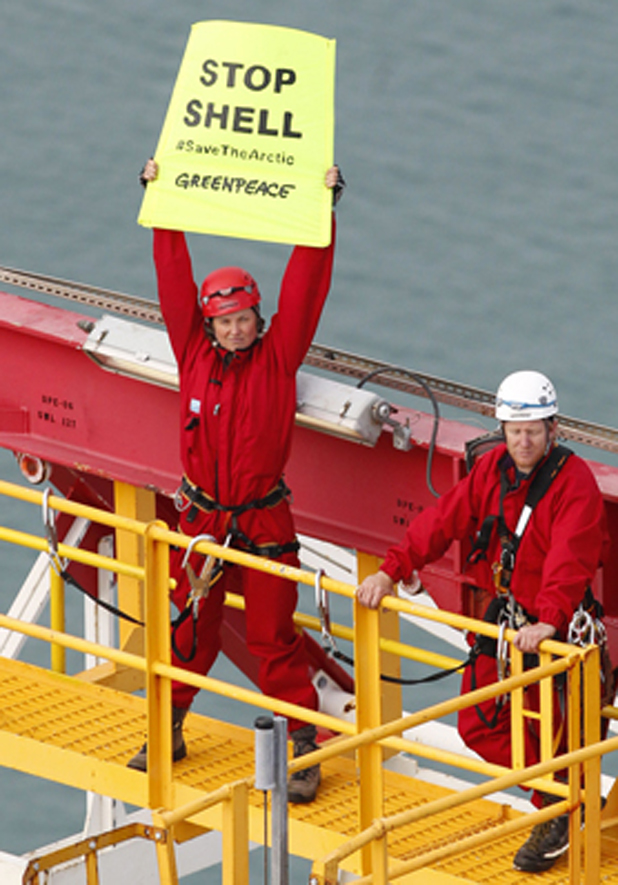 Protestors board Noble Discoverer
