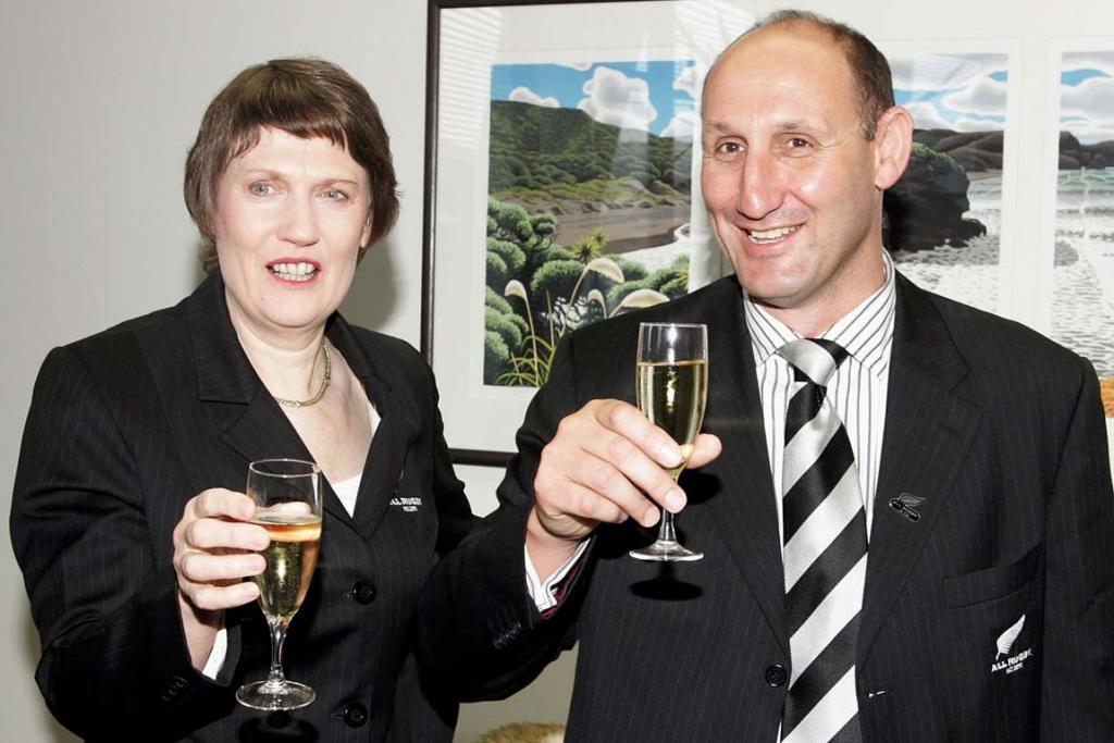 Jock Hobbs with then-Prime Minister Helen Clark in 2005 celebrating the selection of New Zealand to host the 2011 Rugby World Cup.