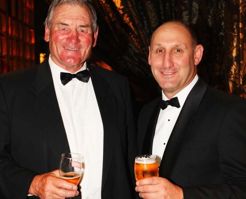 Jock Hobbs with Sir Brian Lochore at the 2008 Steinlager Rugby Awards.