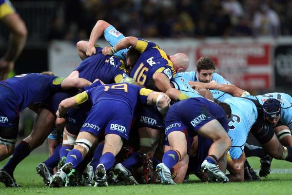 Highlanders scrum