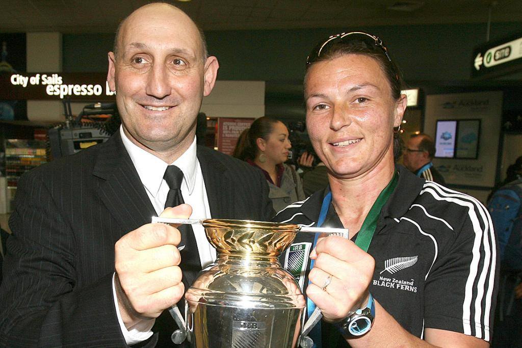 Jock Hobbs with Black Ferns captain Melissa Ruscoe after they won the women's World Cup in 2010.