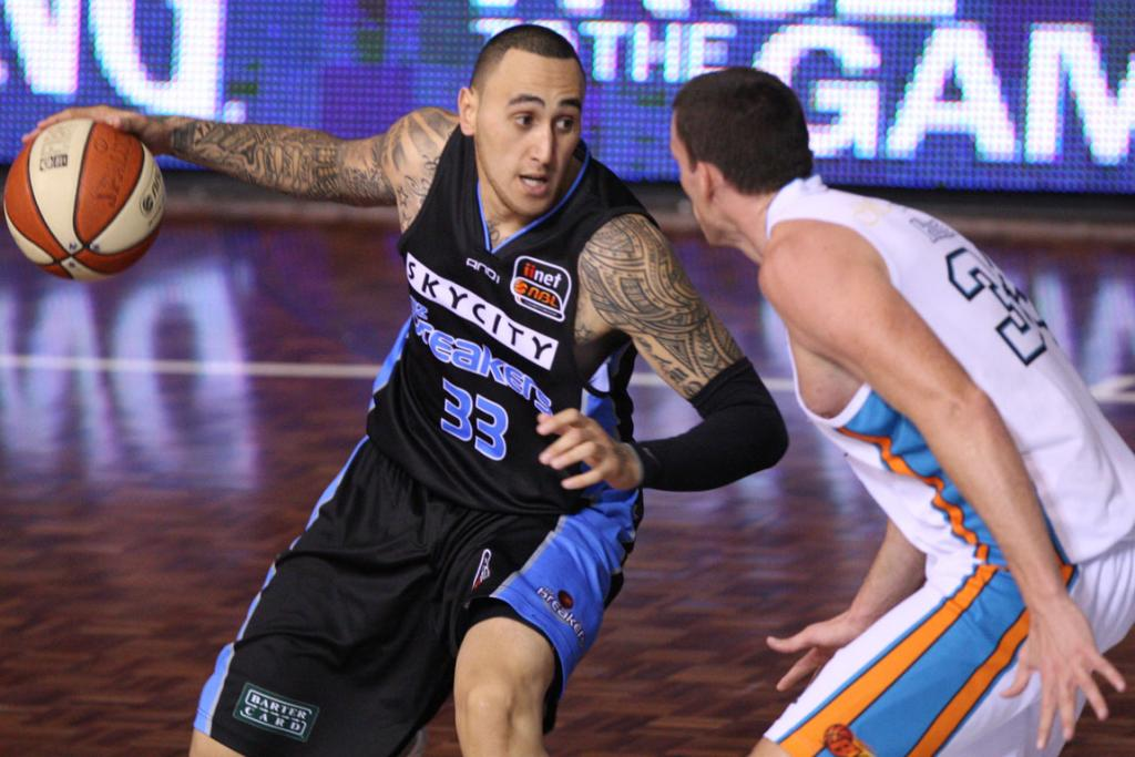 Breakers forward Leon Henry in action against Gold Coast Blaze.
