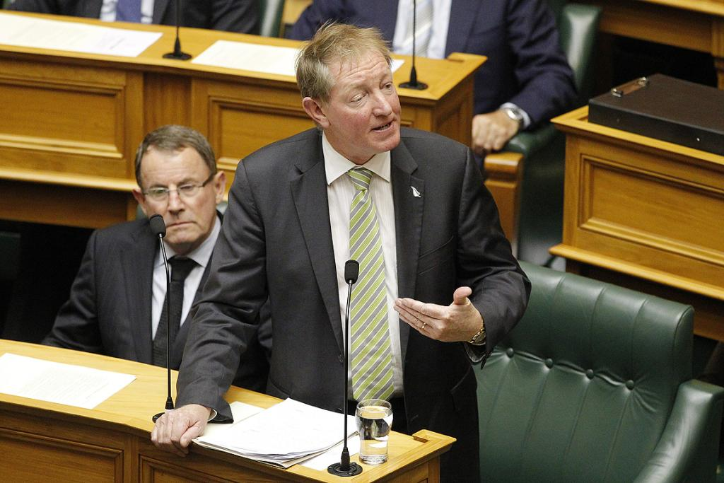 Nick Smith announces his resignation from this Cabinet portfolios in Parliament.
