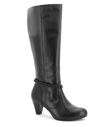 DISGUISE MASTER: Say no to the cankle. Ziera Zeus boot, $399.