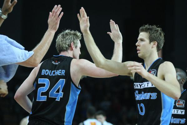 Breakers v Townsville Crocodiles