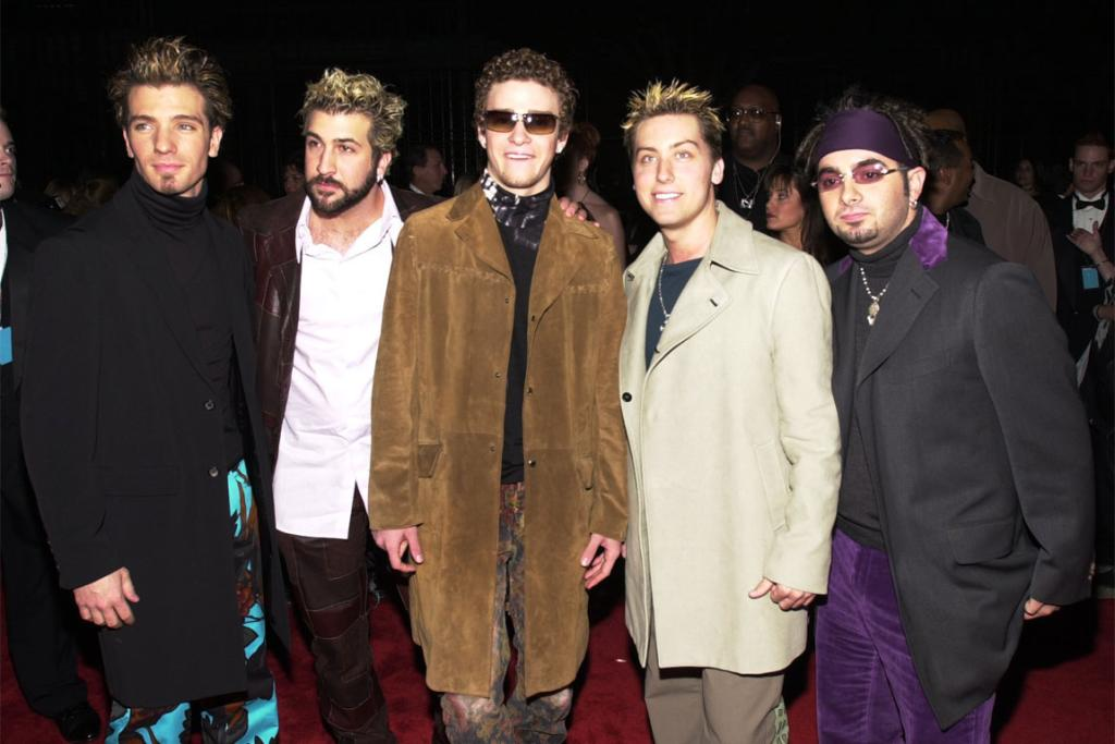 With his 'N Sync bandmates in 2001. Nice pants, boys.