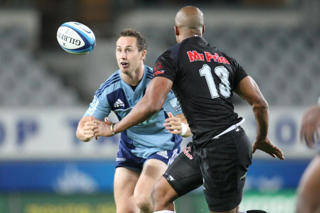 Michael Hobbs juggles the ball during the Blues loss to the Sharks.