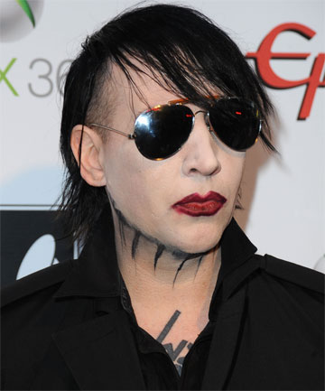 Is Marilyn Manson Engaged
